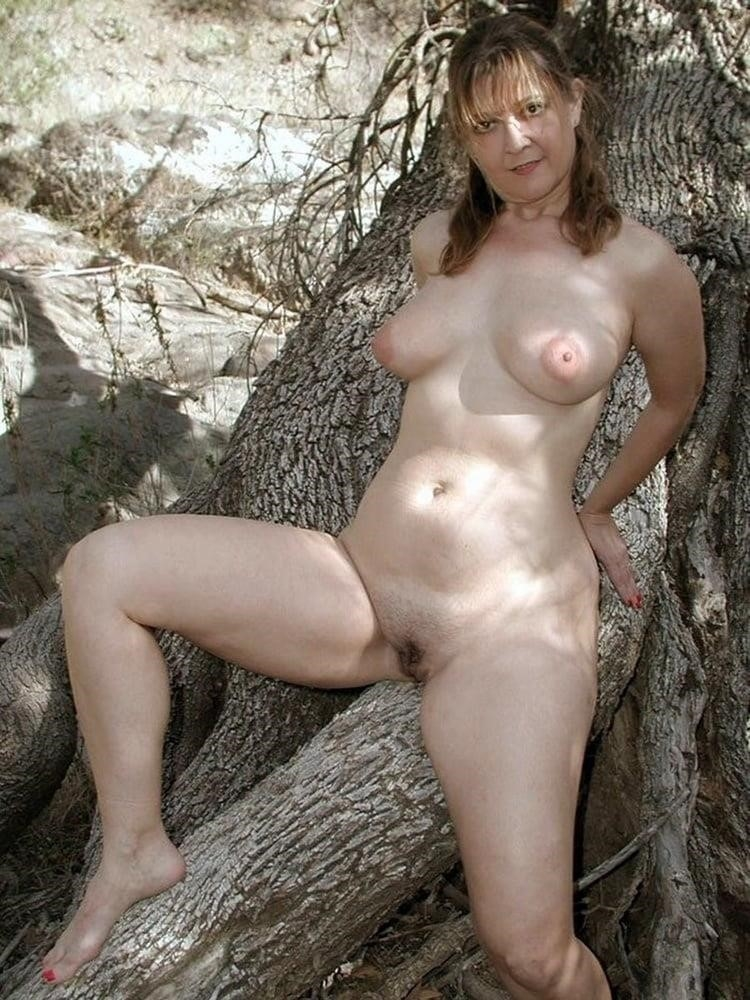Naked wife in the woods-4704