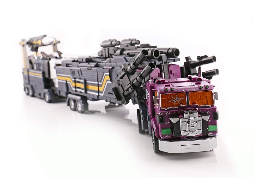 [FansHobby] Produit Tiers - MB-06 Power Baser (aka Powermaster Optimus) + MB-11 God Armour (aka Godbomber) - TF Masterforce - Page 4 Wna34K7L_o
