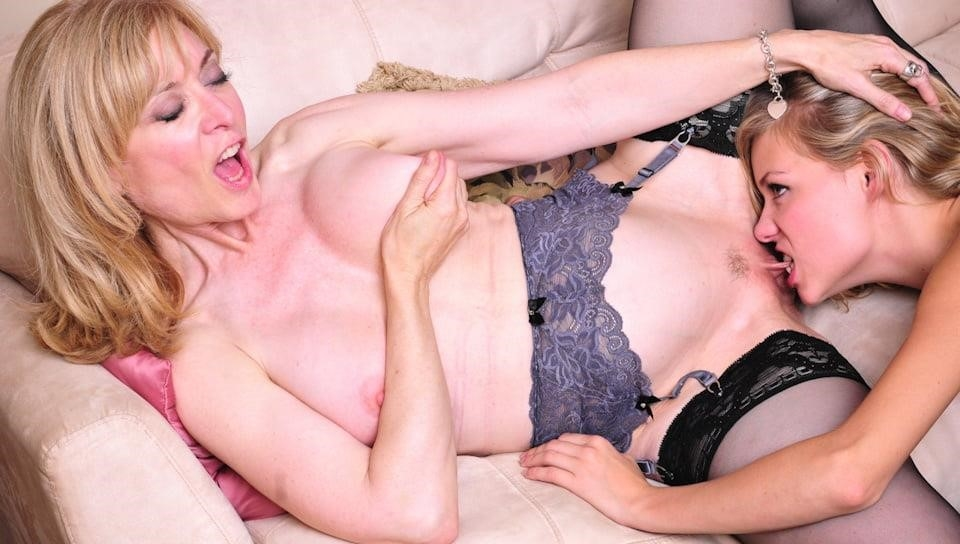 Nina hartley lesbian pictures-9191