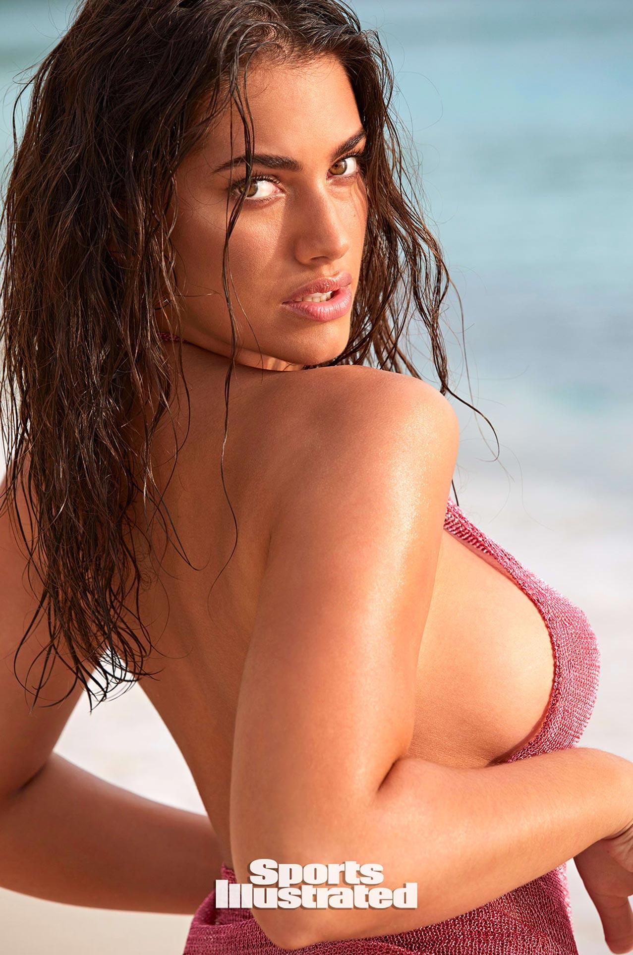 Лорена Дюран в каталоге купальников Sports Illustrated Swimsuit 2020 / фото 06