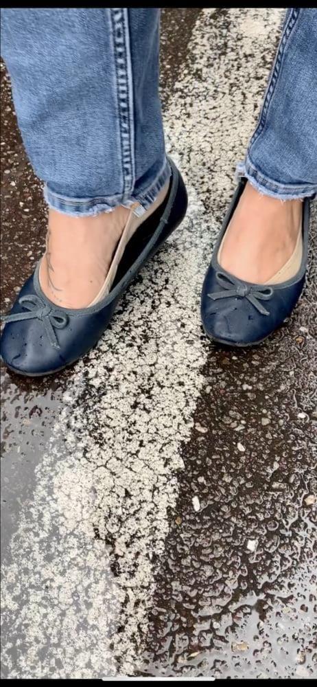 Sexy her feet-2311