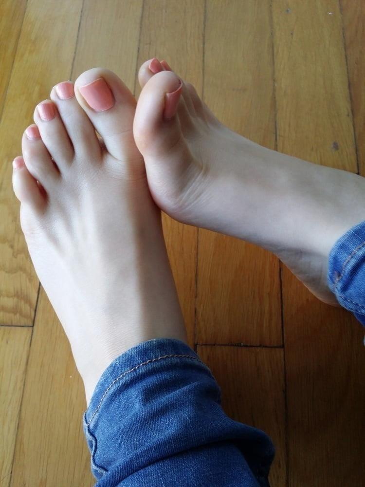 Lesbian foot fetish seduction-3071
