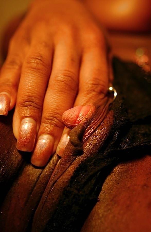Lesbian big clits-9904
