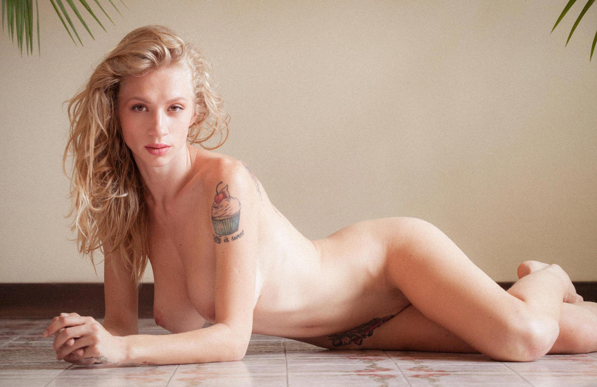 Наташа Легейда / Natasha Legeyda nude by Ami Elsius - Volo Magazine november 2017