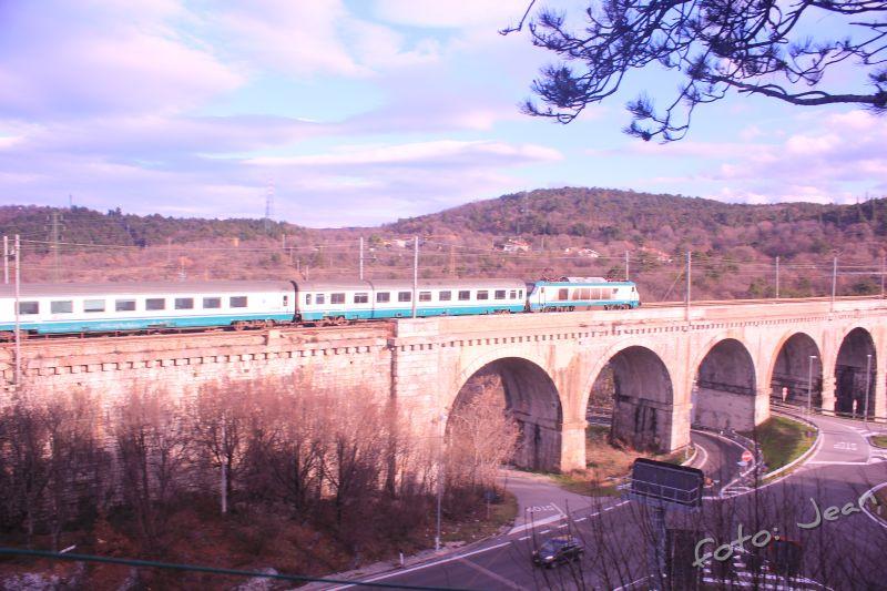 Talijanske željeznice - Rete Ferroviaria Italiana (Trenitalia, Trenord, Ferrovie Emiliane-Romagne,.....) - Page 6 EZutgTVw_o