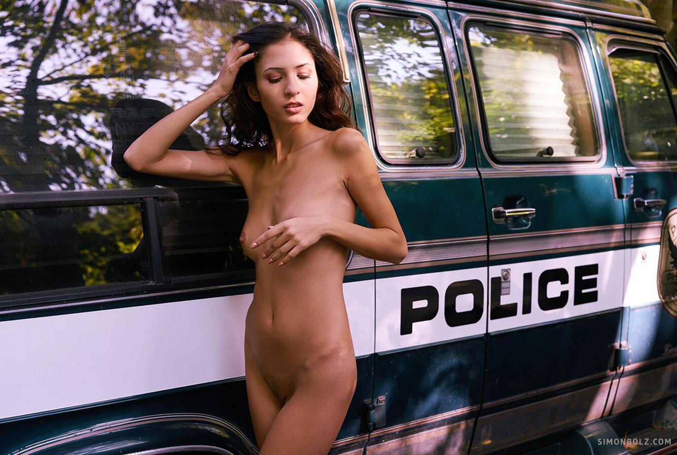 Kary hottie nude by Simon Bolz