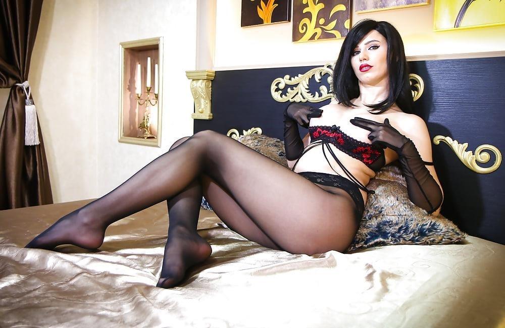 Foot nylon mistress-9827