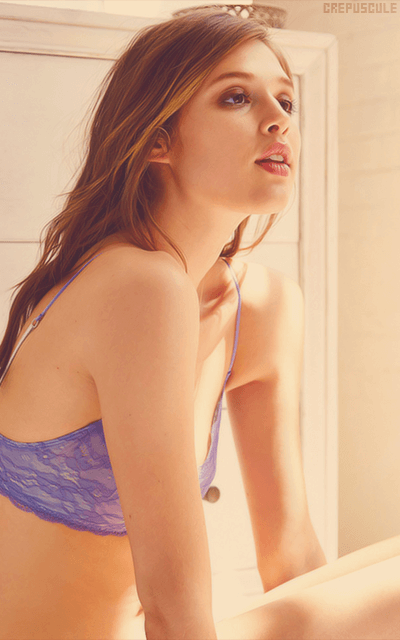 Anaïs Pouliot - Page 2 Zx6EH7Og_o