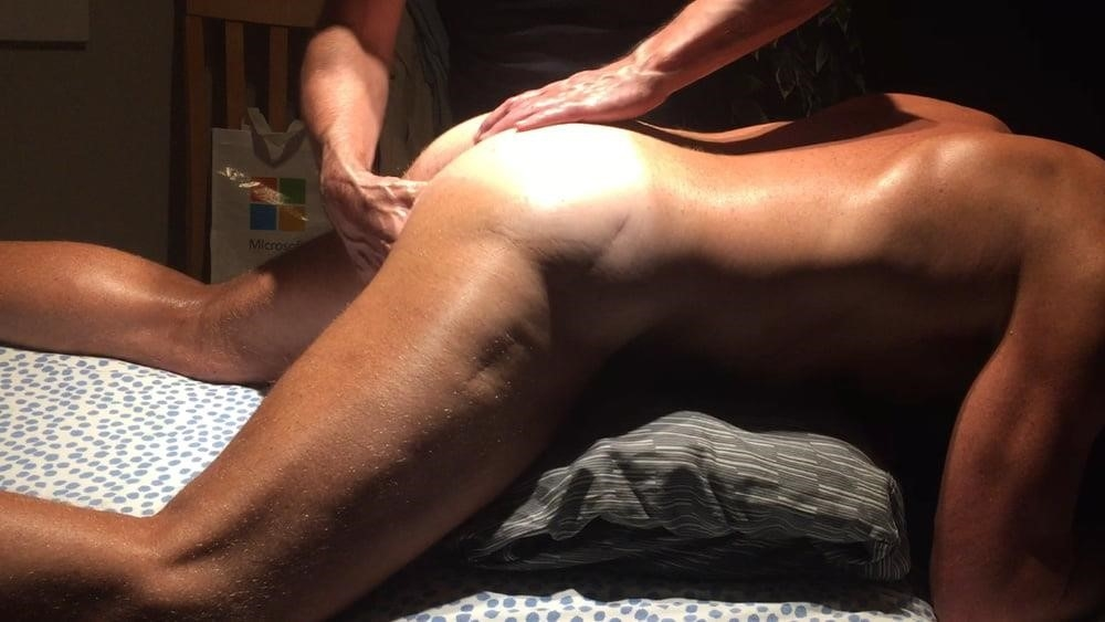 Lesbian sensual massage-2370