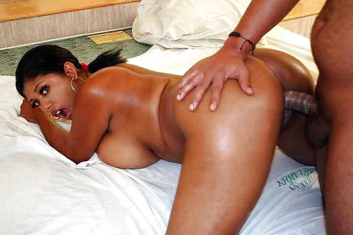 Sexy black girl with huge tits-2002
