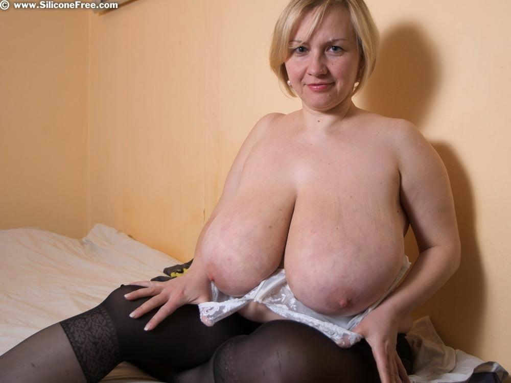 Free big clit lesbian porn-9798