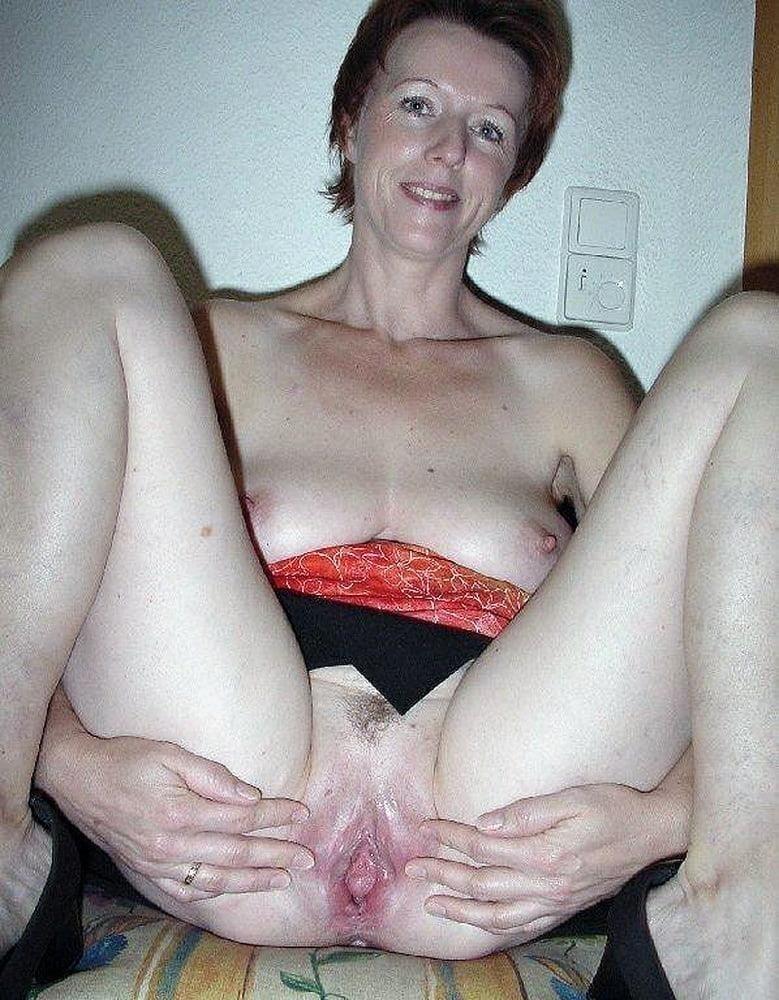 Free busty milf porn pics-8125