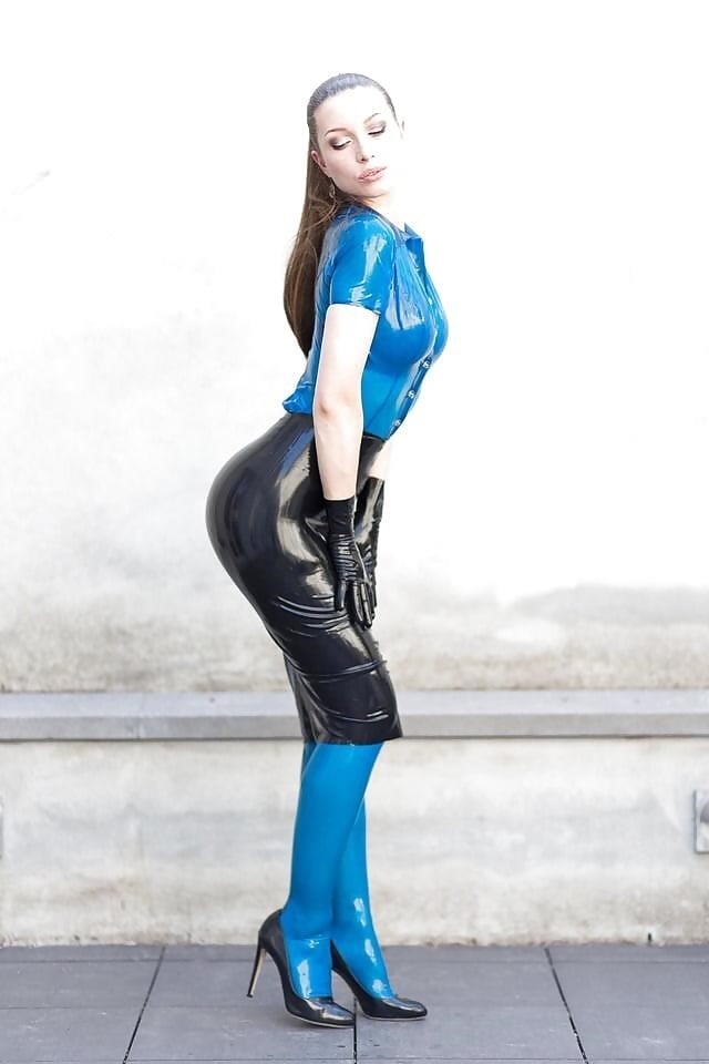 Sexy asian latex-9095