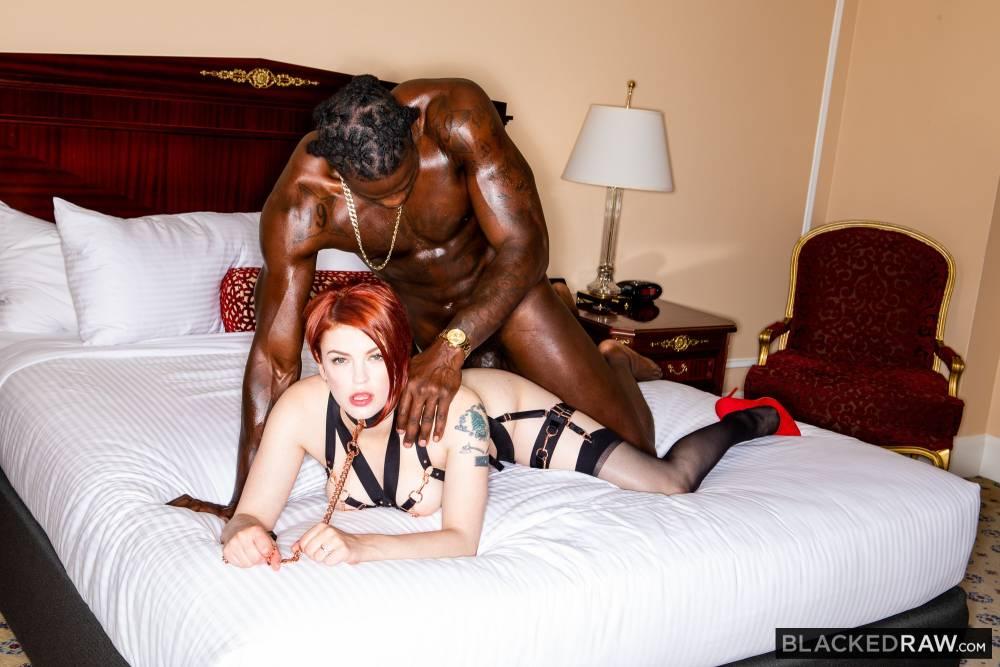 Bree Daniels, Louie Smalls – Fucking For Him – Blacked Raw