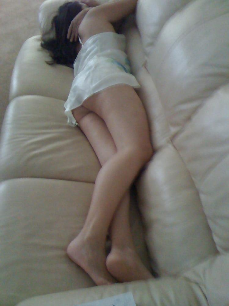 Wife asleep naked-2710