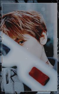 Byun Baek Hyun (EXO) - Page 2 Gj1aBl1U_o