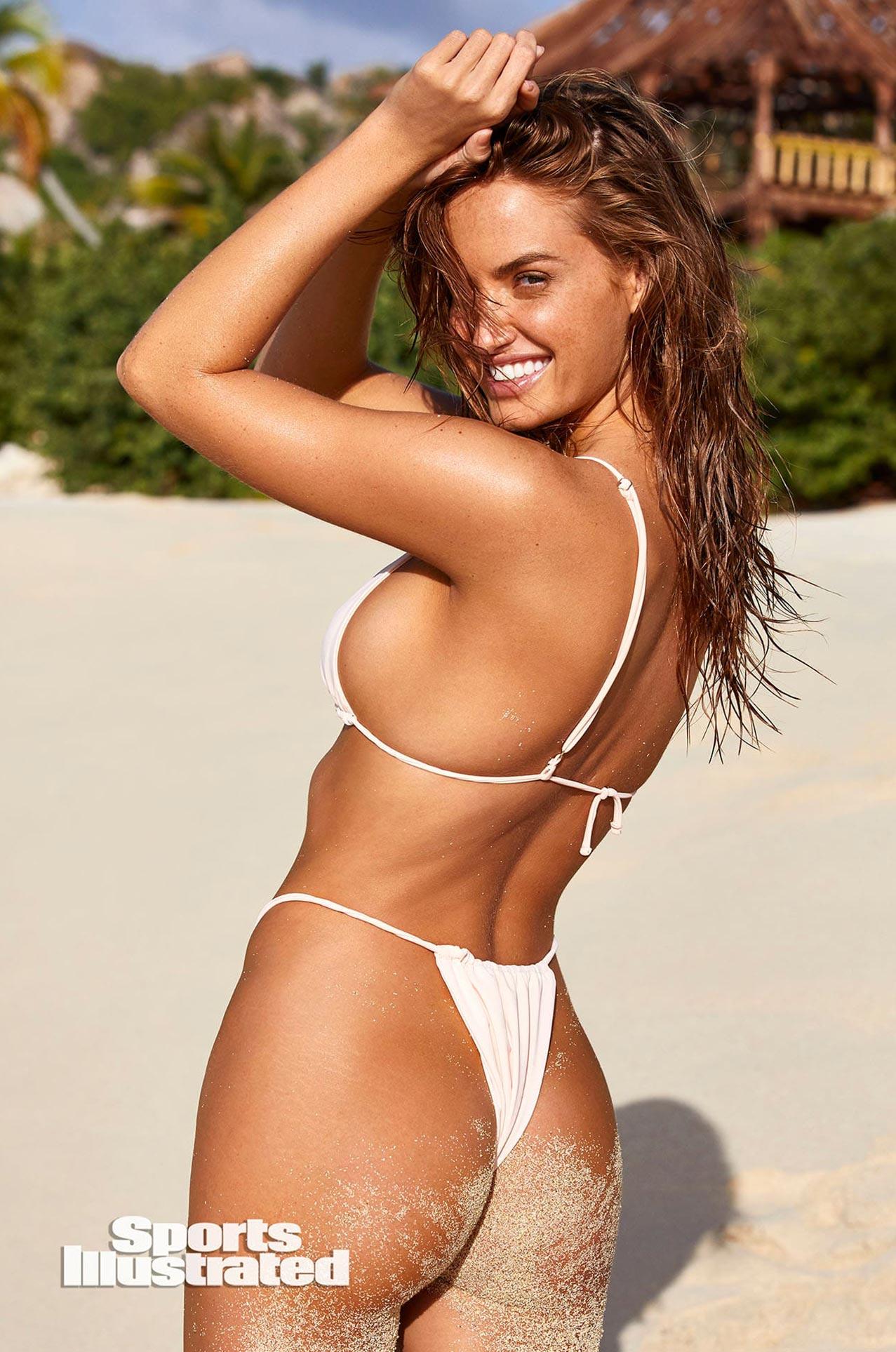 Хейли Калил в каталоге купальников Sports Illustrated Swimsuit 2020 / фото 34