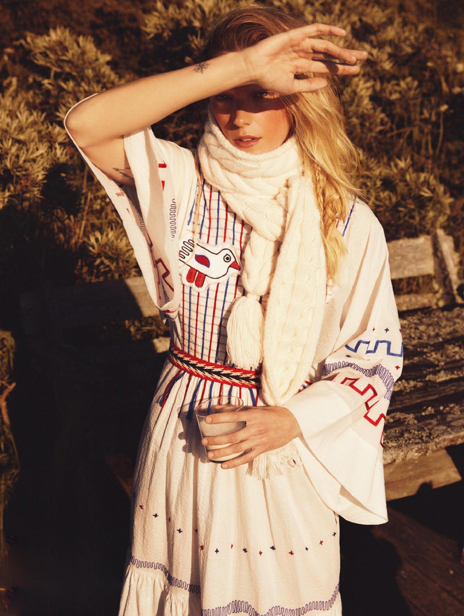 Бразильская модель в гостях у шведской - Эрика Линдер и Ракель Циммерман / фото 04