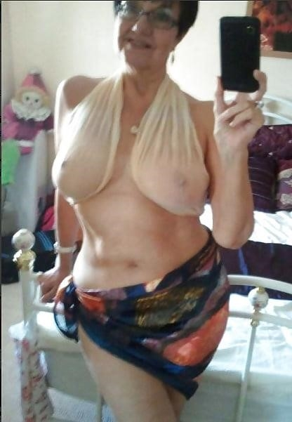 Granny big boob pic-3810