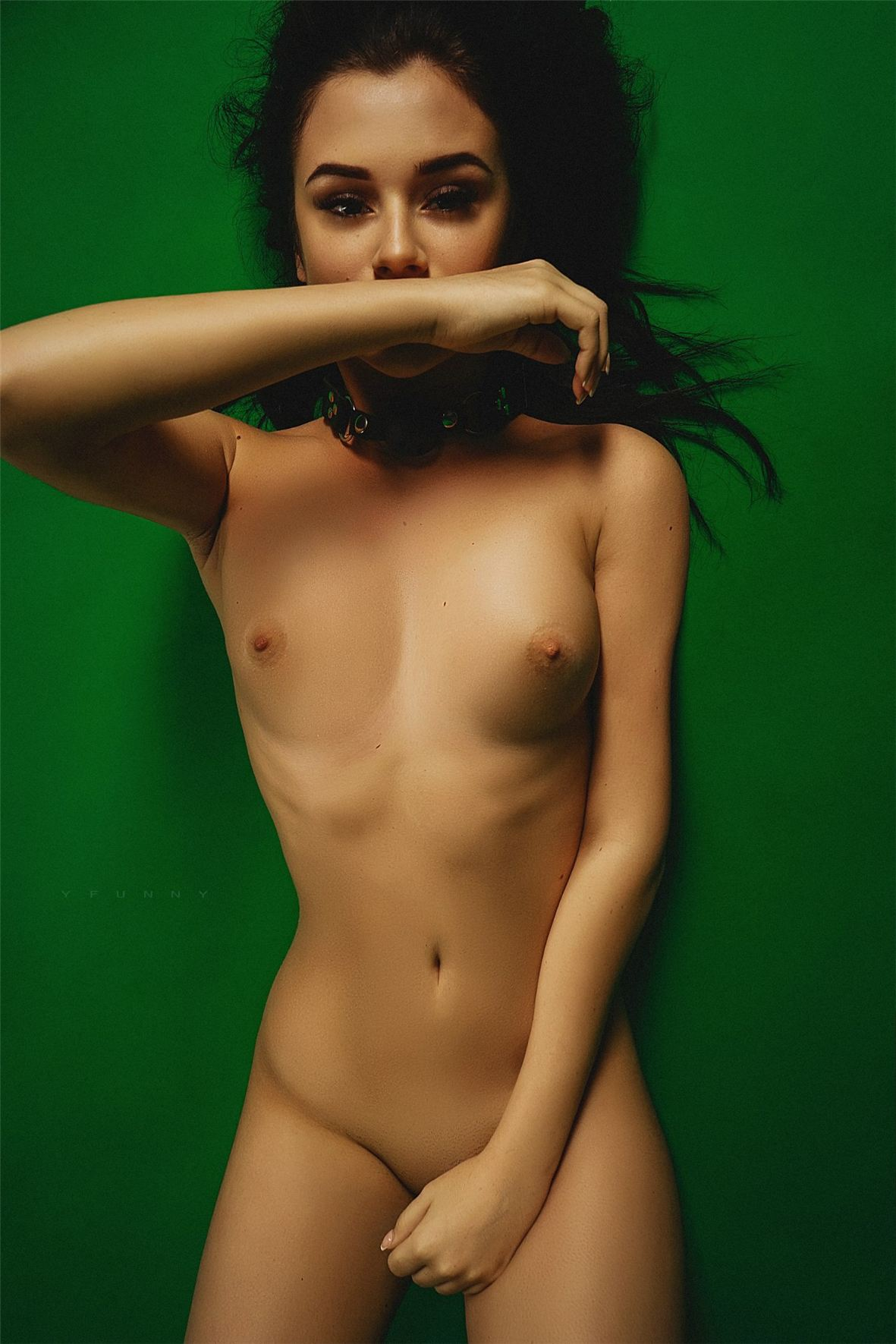 sexy nude by Nikolay Khvatov