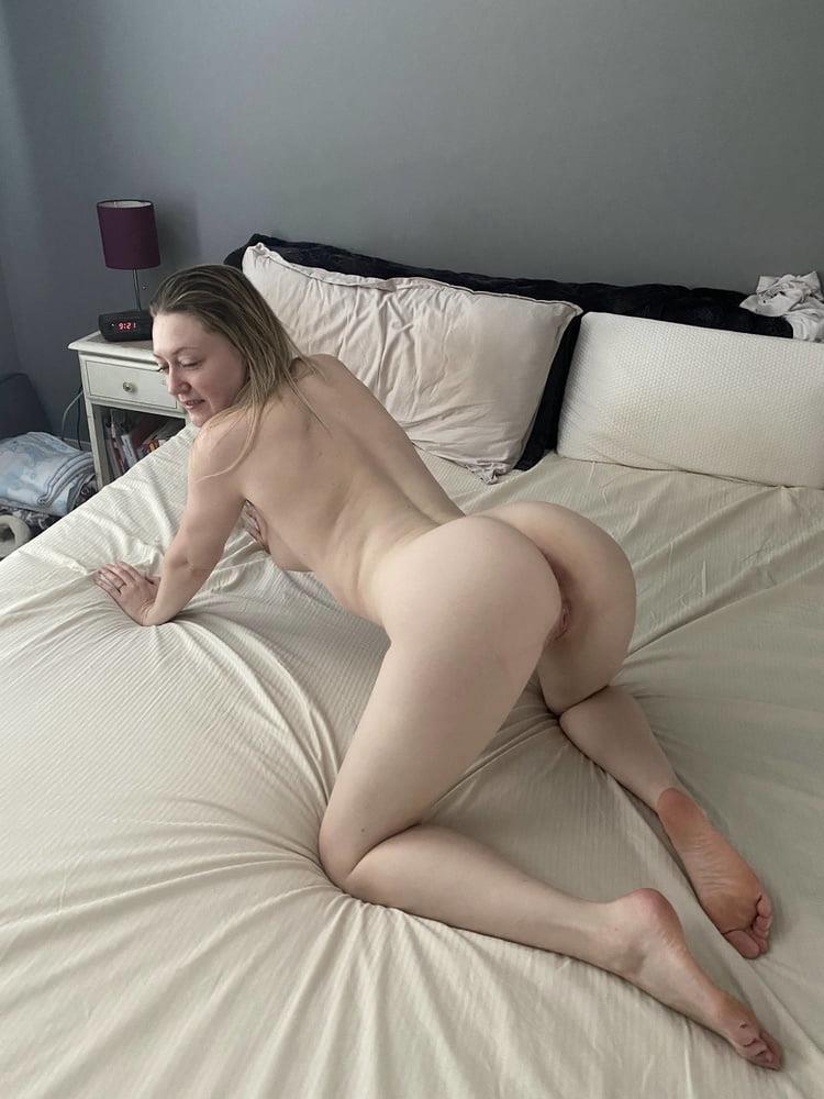 Hottest blonde milf-4799