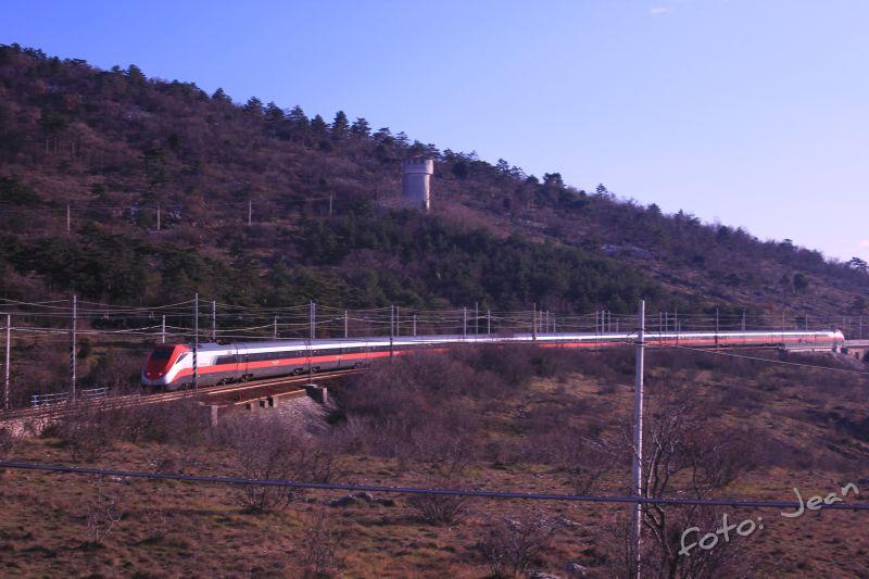 Talijanske željeznice - Rete Ferroviaria Italiana (Trenitalia, Trenord, Ferrovie Emiliane-Romagne,.....) - Page 6 ZYl8BI3A_o