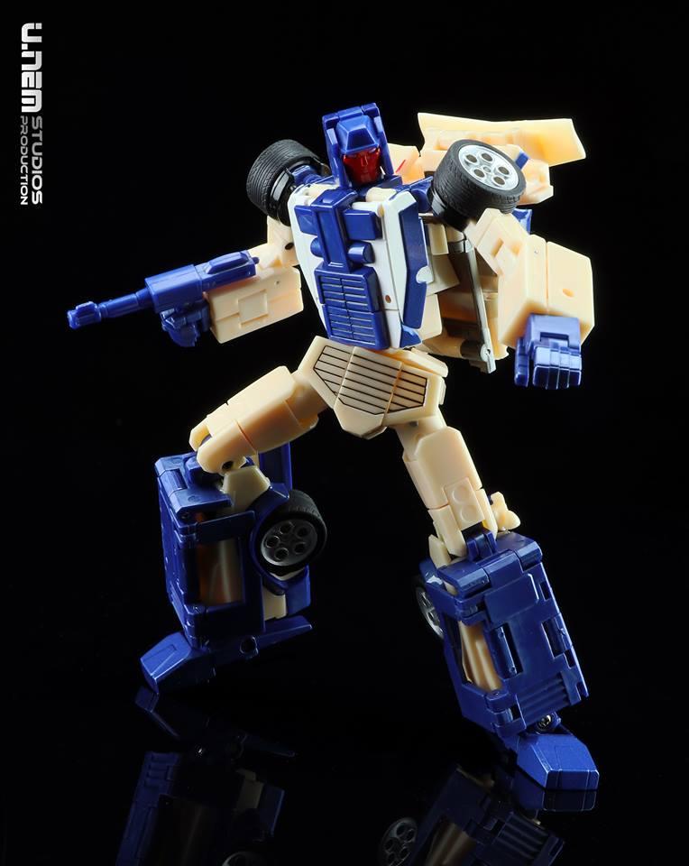 [X-Transbots] Produit Tiers - Jouets Berserkars forme Monolith (MX-XIII à MX-VII) - aka Stunticons forme Menasor/Menaseur - Page 2 XbjMUjPY_o