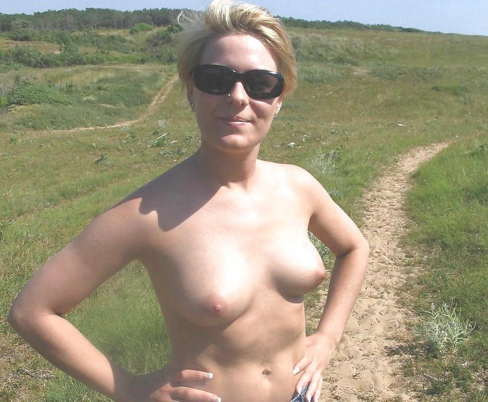 Mature posing porn pics-9015