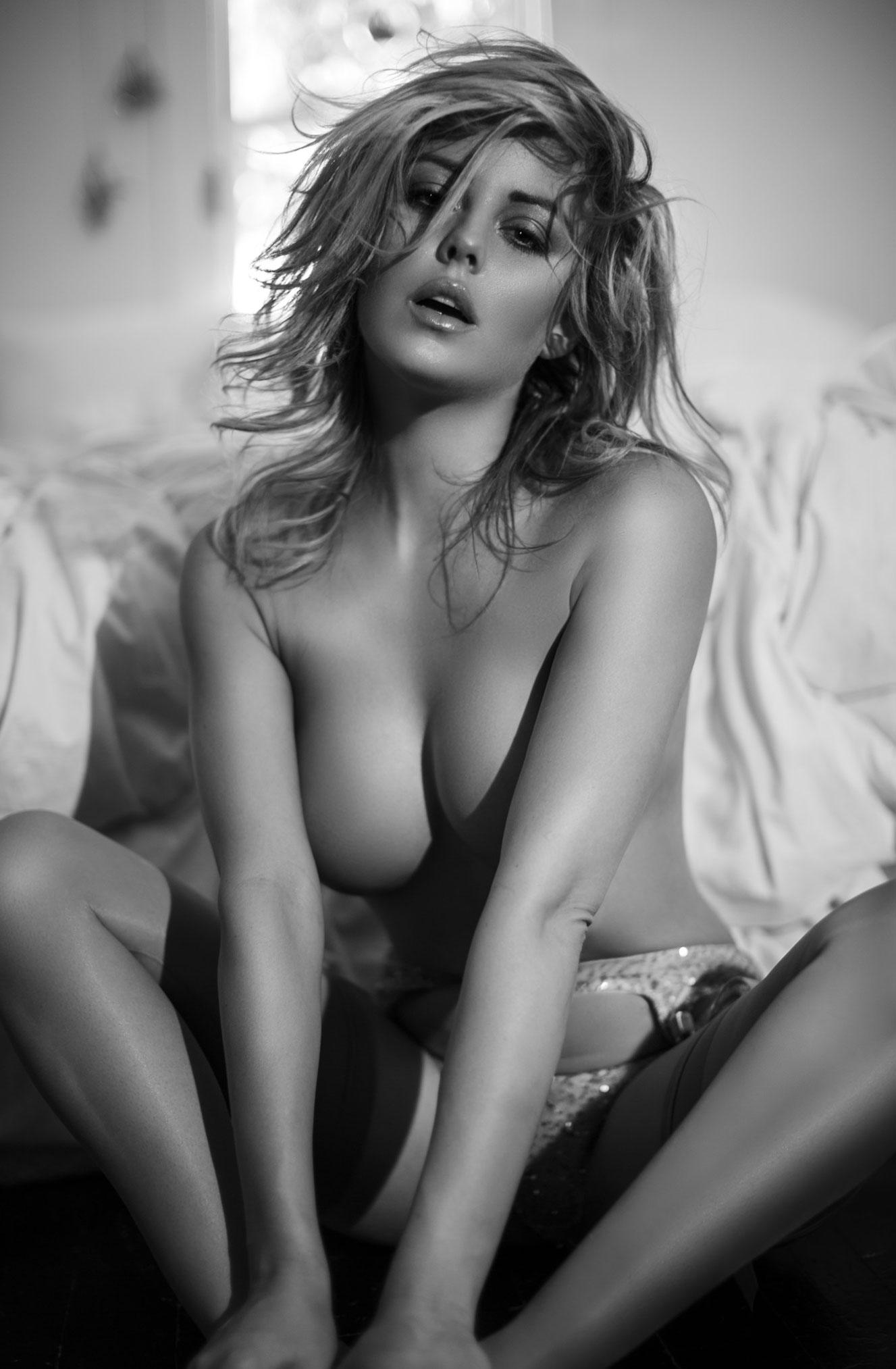 Линдси Хэнкок в нижнем белье Agent Provocateur / фото 09