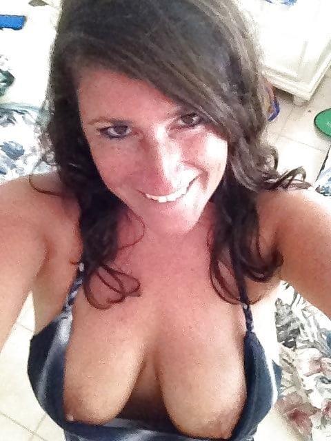 Big tit milf selfies-3438