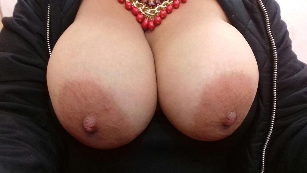 Milf big tits pics-1992