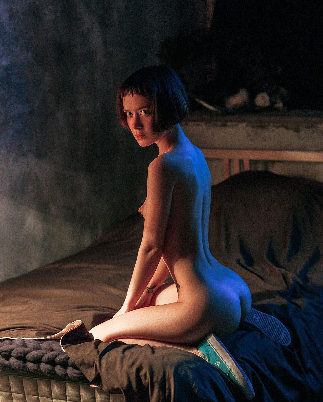 Вечерняя гимнастика Полины Князевой / Polina Knyazeva nude by Alexey Trifonov