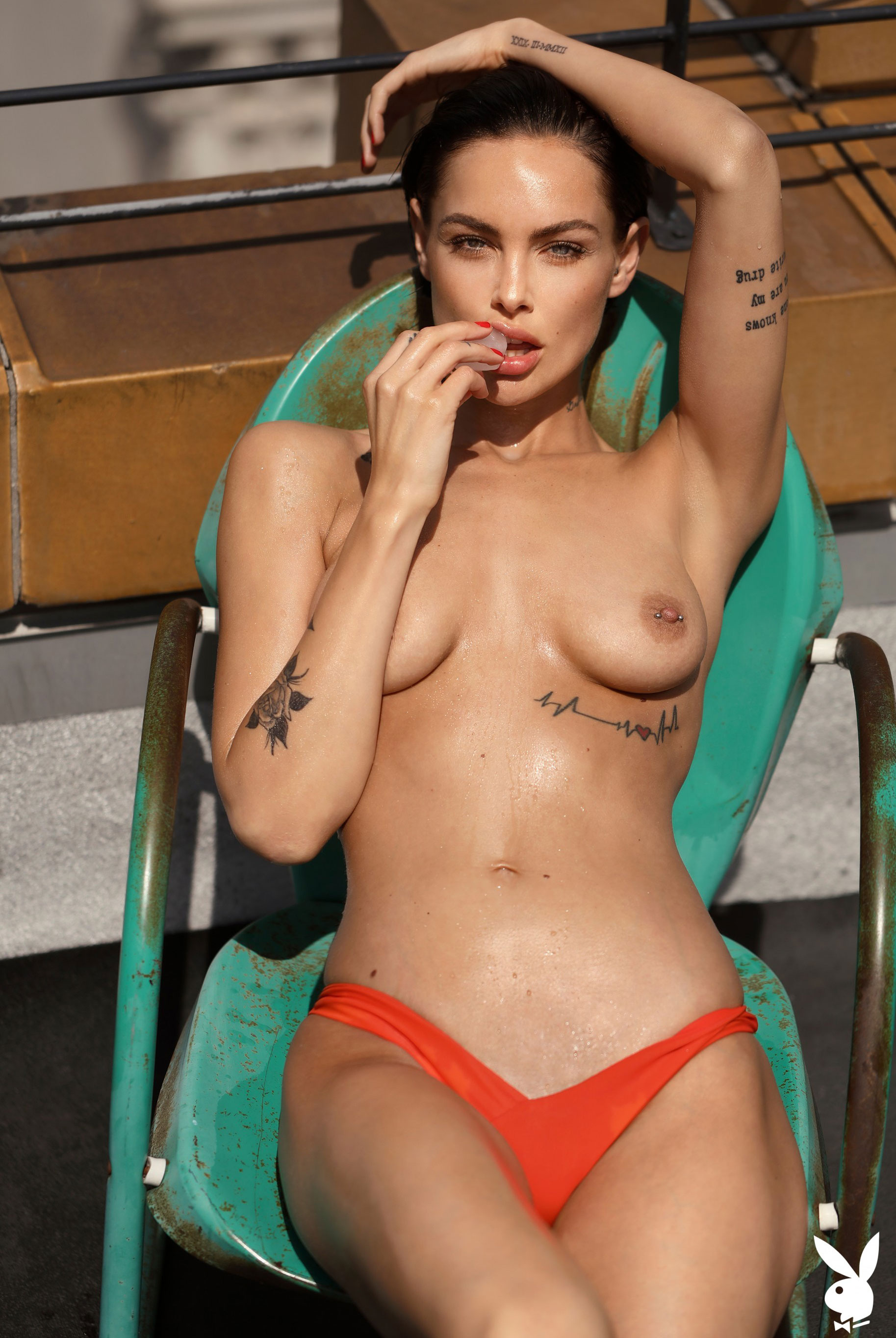 Мисс Июль 2019 американского Playboy Тила ЛаРу / фото 30