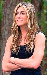 Jennifer Aniston QCWsyBuU_o