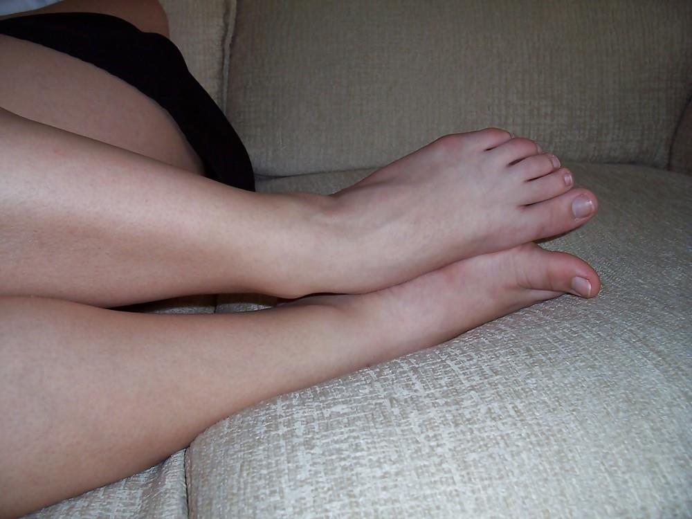 Schoolgirl feet porn-9234