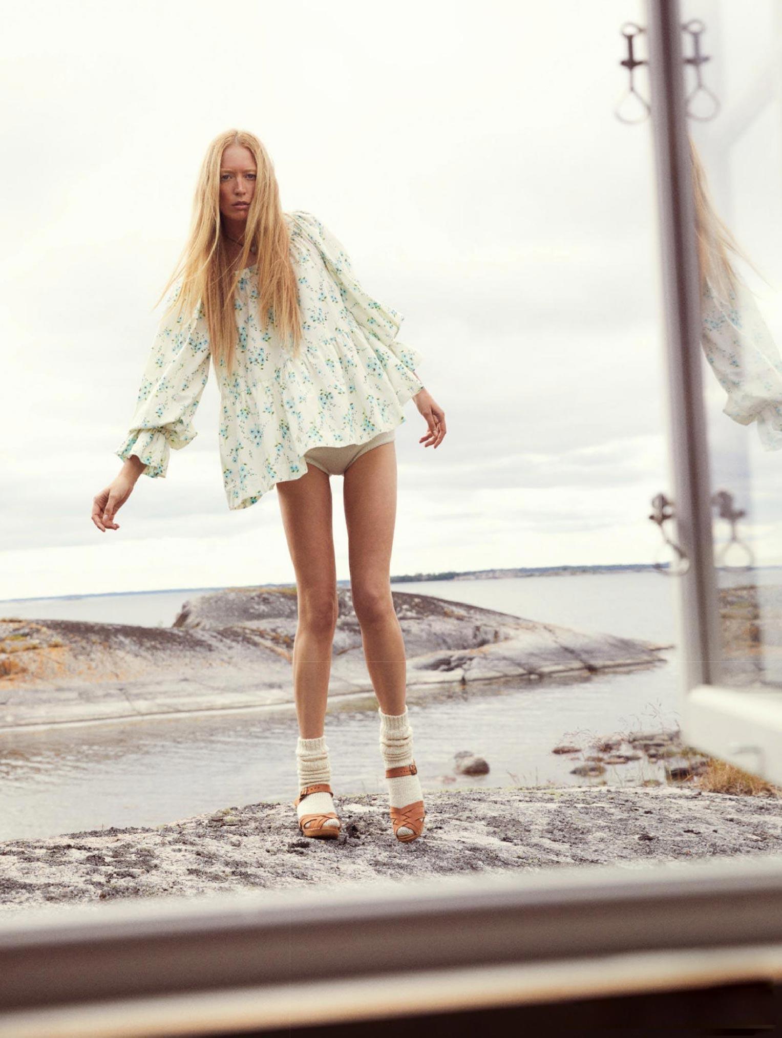 Бразильская модель в гостях у шведской - Эрика Линдер и Ракель Циммерман / фото 08