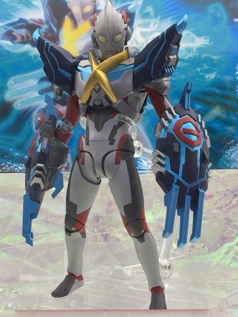 Ultraman (S.H. Figuarts / Bandai) - Page 6 Cftmyvcp_o