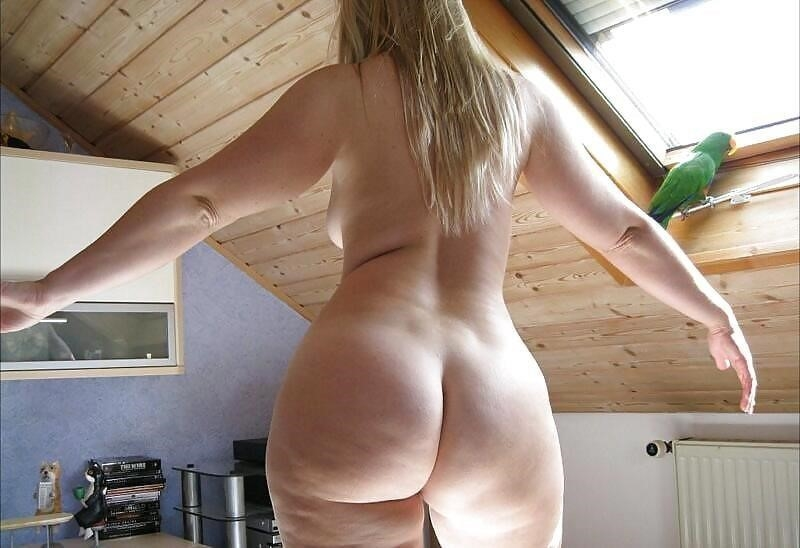 Big booty milf gallery-9450