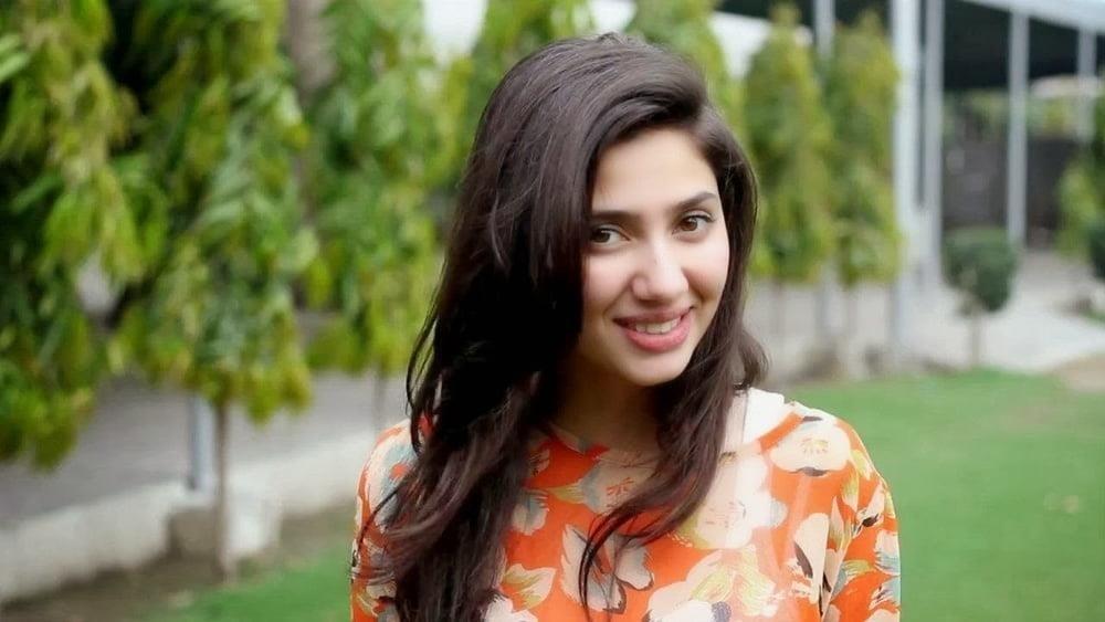 Mahira khan sexy photos-7170