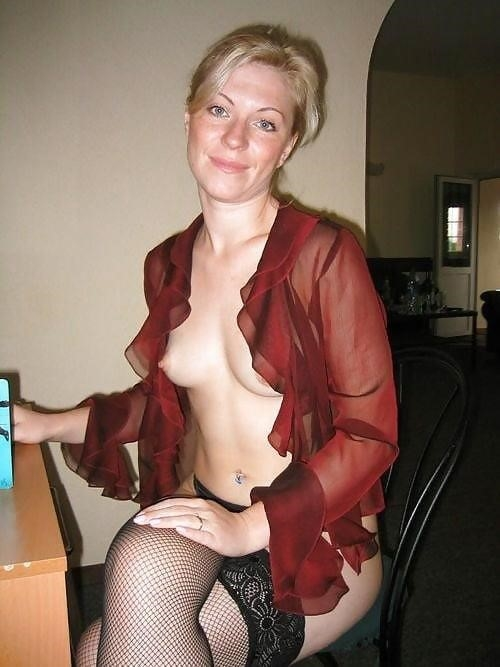 Girl milf pic-3044