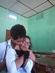 Desi kissing girl-1475