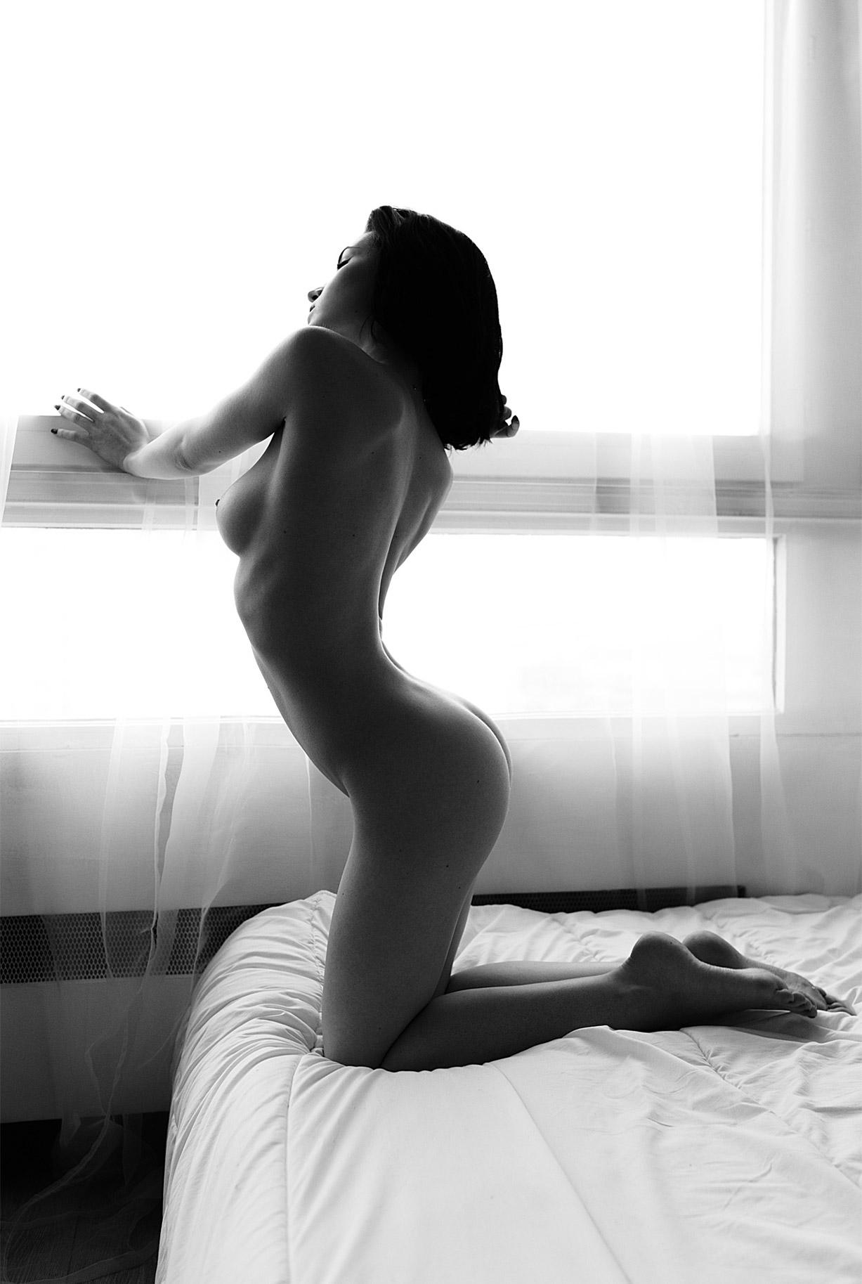 сексуальные голые девушки на снимках фотографа Бенджамина Вингрифа / фото 04