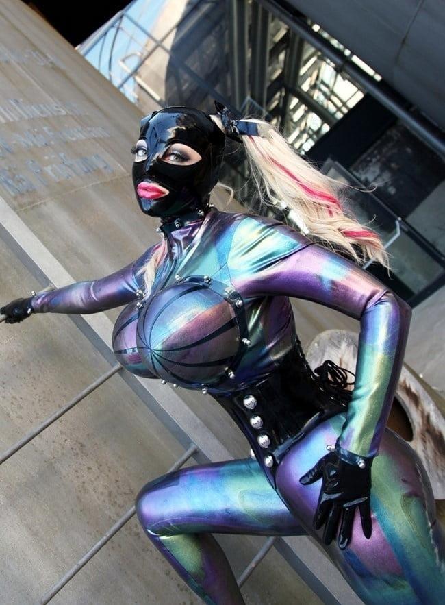 Naked girls latex-5291