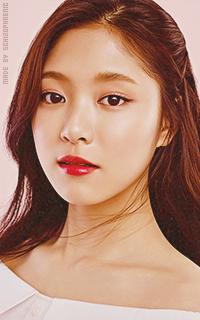 Hyunjin (Loona) 3jkBRPLx_o