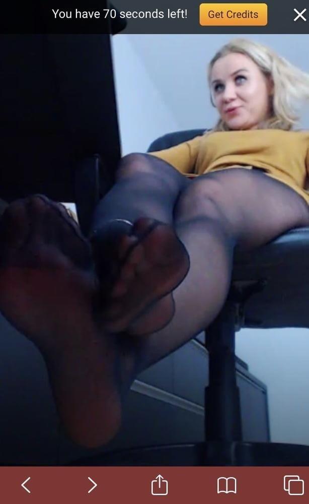 Amateur feet cam-2097
