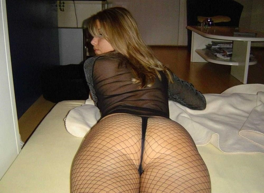 Young blonde milf-1155