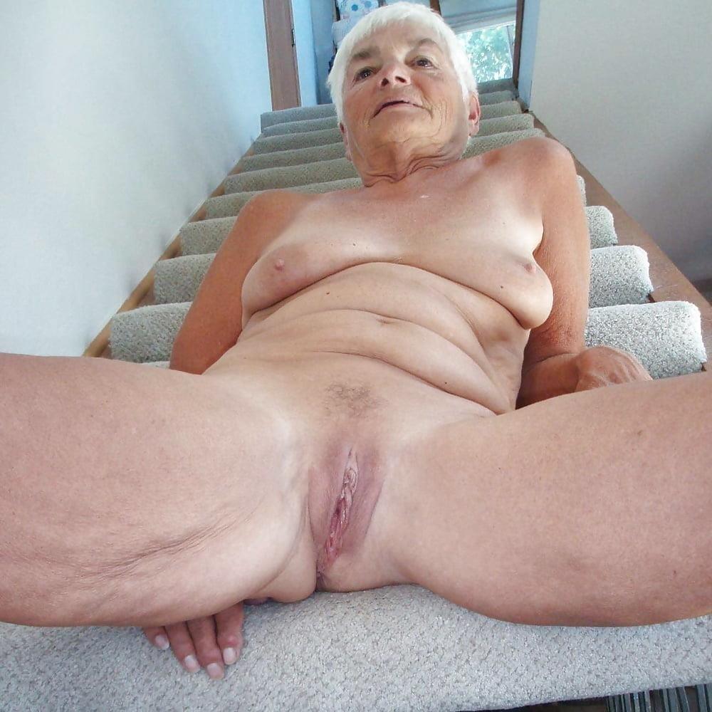 Chubby granny naked-4043