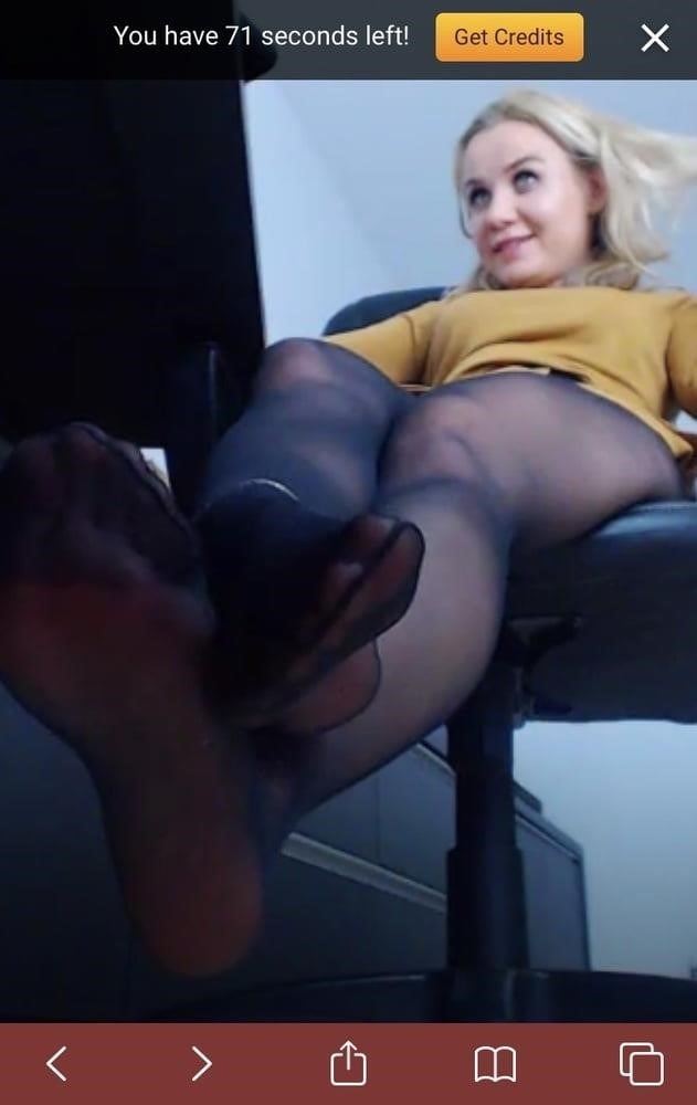 Amateur feet cam-8187