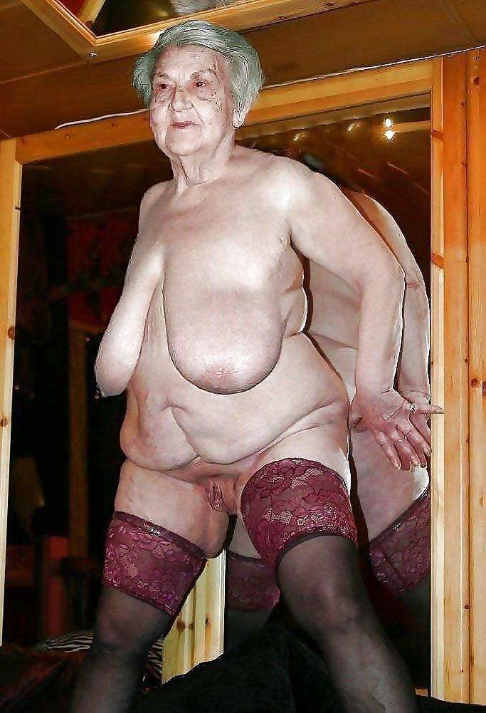 Older women nude beach-4947