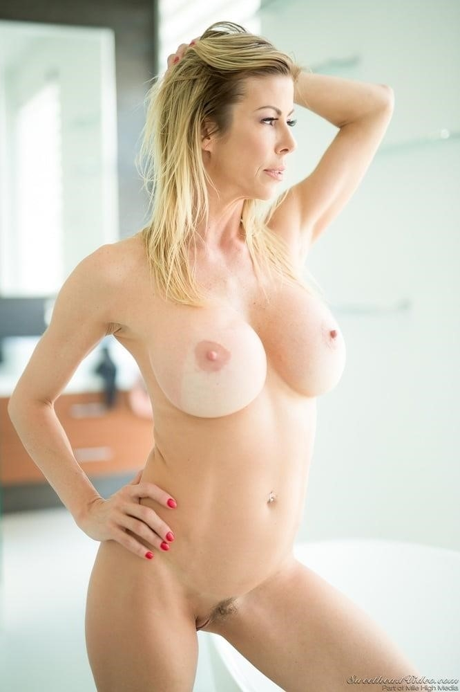 Pics of mature naked women-6057